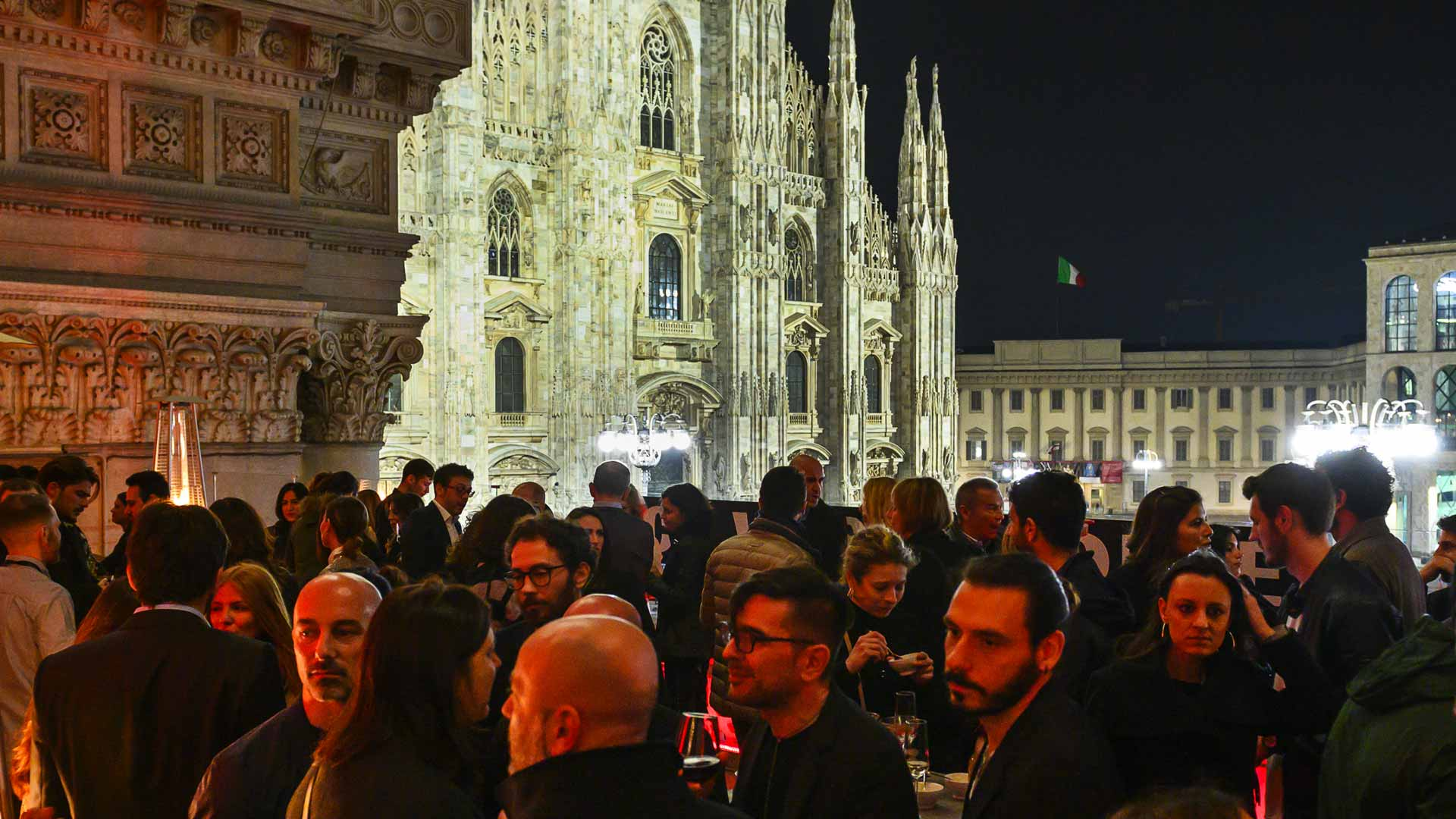 Profumo Rooftop Party Terrazza Duomo 21 Cool In Milan